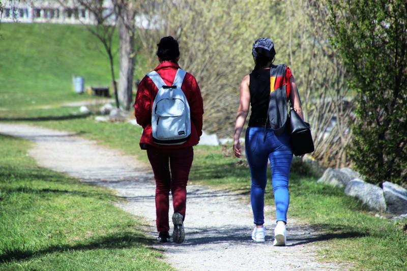 Walks around Étang de Berre