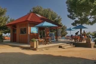 Les décors de Camping Paradis