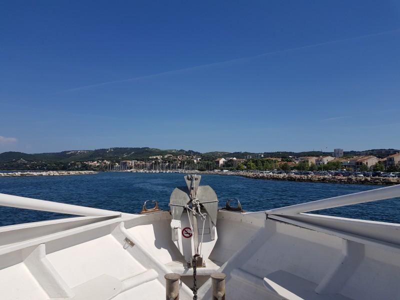 Balade en bateau sur l'étang de Berre au départ de Martigues