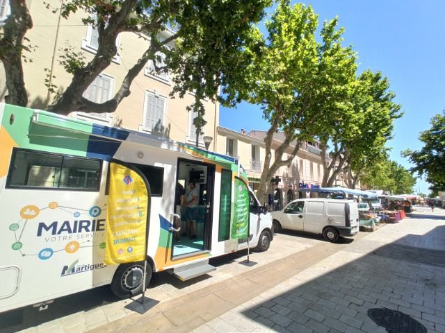 Info bus Martigues Tourisme - Été 2021