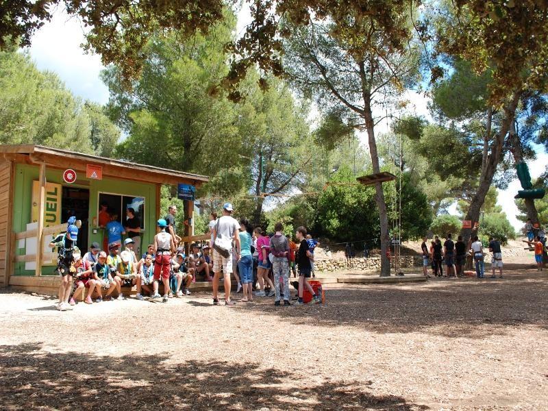 Indischer Wald - Baumklettern im Grand Parc de Figuerolles