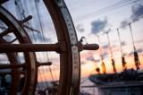 ship-helm-759954-960-720-426056